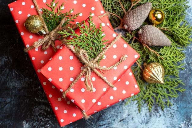 Vista superior de regalos de navidad