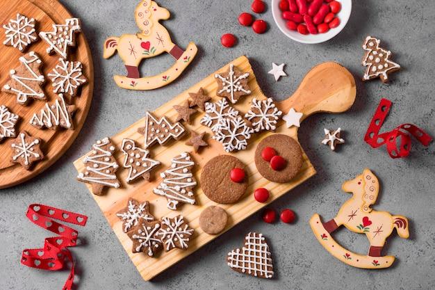 Vista superior de la selección de galletas de jengibre