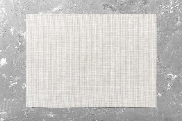 Vista superior de la servilleta blanca