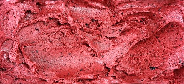 Vista superior de la superficie de sorbete rojo hecha de bayas