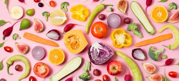 Vista superior surtido de frutas y verduras frescas