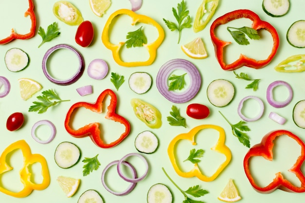 Vista superior surtido de verduras frescas