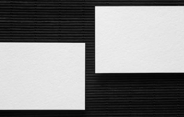 Vista superior de tarjetas de visita de espacio de copia corporativa en blanco