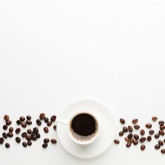Vista superior taza de café con espacio de copia