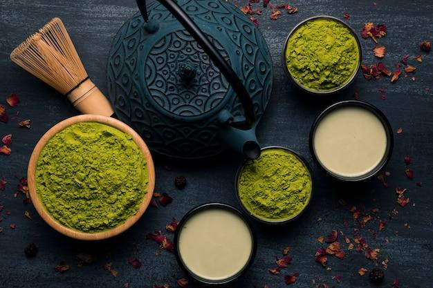 Vista superior del té asiático tradicional