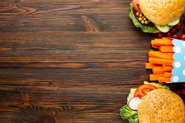 Vista superior vegana comida rápida con espacio de copia