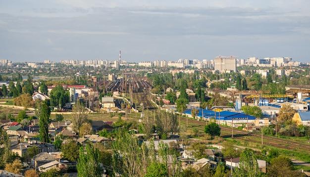 Vista superior de la zona industrial de odessa, ucrania