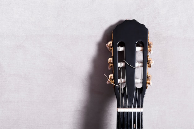 Vista suprior de una guitara