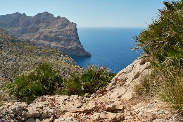 Vistas panorámicas del cabo formentor. punto de interés, visita turística obligatoria en. mallorca. islas baleares. españa