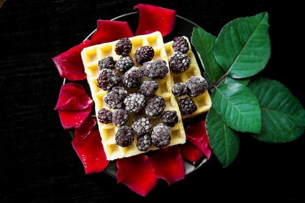 Waffles belgas con moras