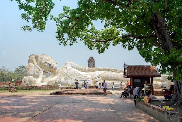 Wat lokayasutharam ayuthaya tailandia