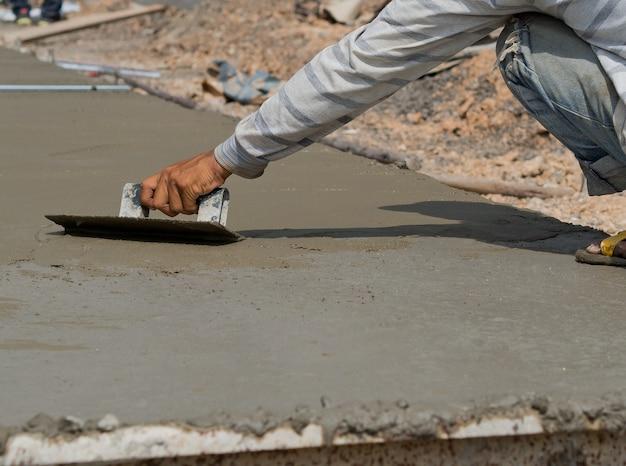 Yeso, casa de construcción, trabajador, planchas de construcción, concreto y equipo