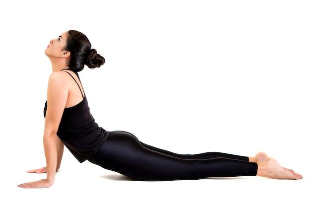 Yoga de entrenamiento bastante joven