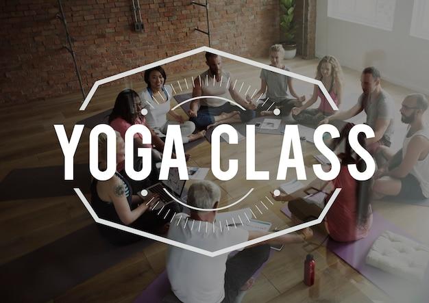 Yoga fitness salud ejercicio posición activo