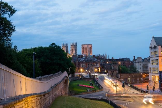 York city & york minster, inglaterra reino unido