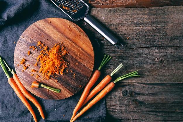 Zanahoria sobre la mesa