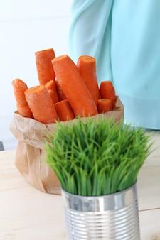 Zanahorias en la mesa