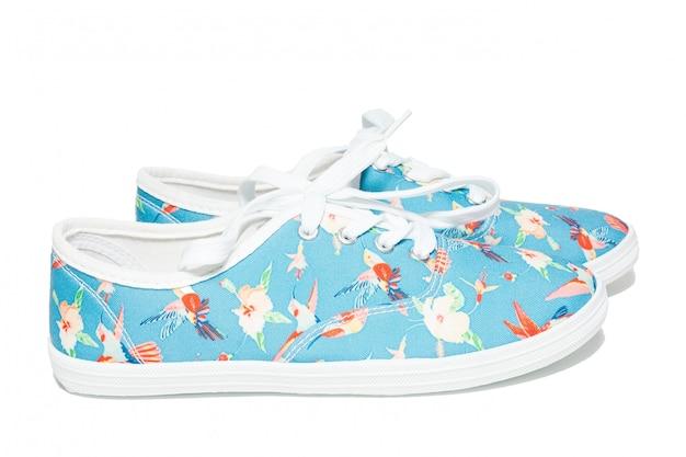 Zapatos en un blanco