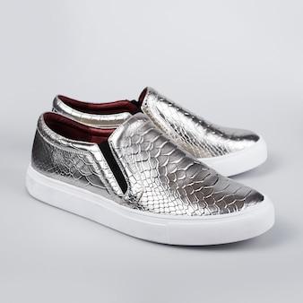 Zapatos italianos plateados