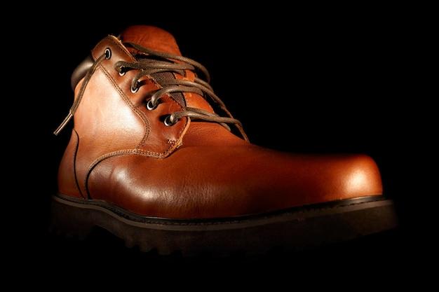 Zapatos marrones de invierno.