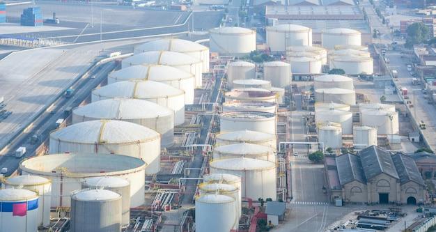 Zona industrial de gasolina