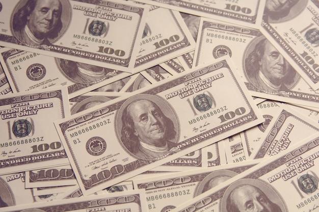 100 dollari americani di denaro americano