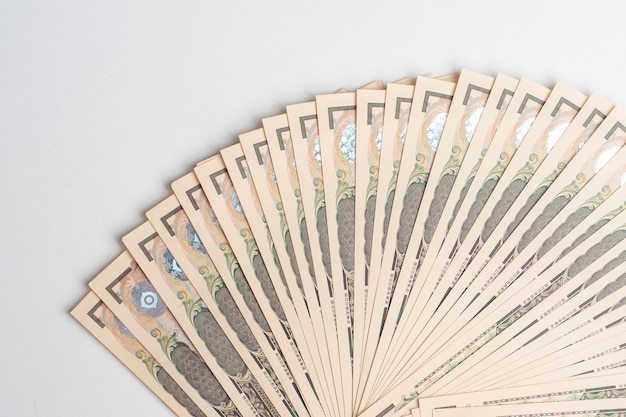 1000 yen, giappone banconote su bianco