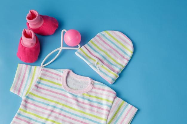 Abbigliamento e accessori per neonati