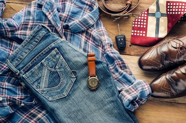 Abbigliamento e accessori per uomo - tono vintage