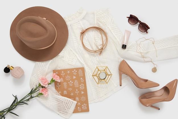 Abbigliamento elegante da donna