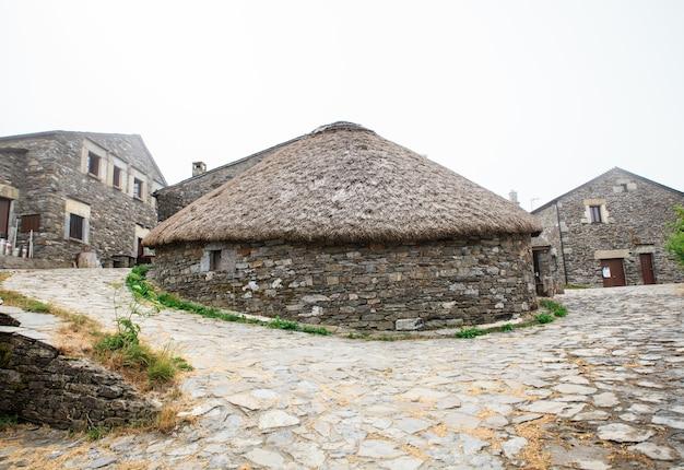 Abitazione spagnola di nord-ovest tradizionale di palloza