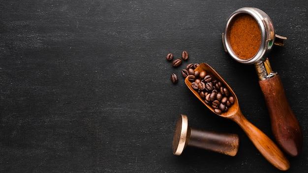 Accessori per caffè vista dall'alto con spazio di copia