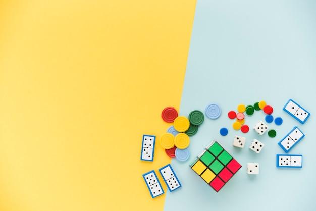 Accessori per giochi di casa vista dall'alto