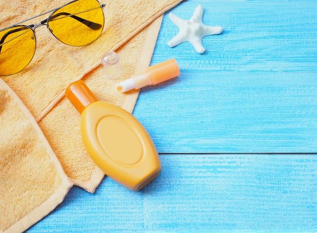 Accessori per il bagno di sole o set di protezione solare.