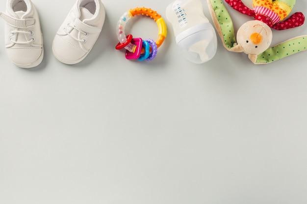 Accessori per la cura del bambino laici piatti