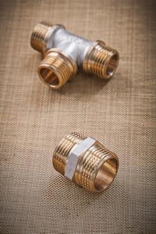 Accessori per tubi idraulici su filtro a rete d'acqua