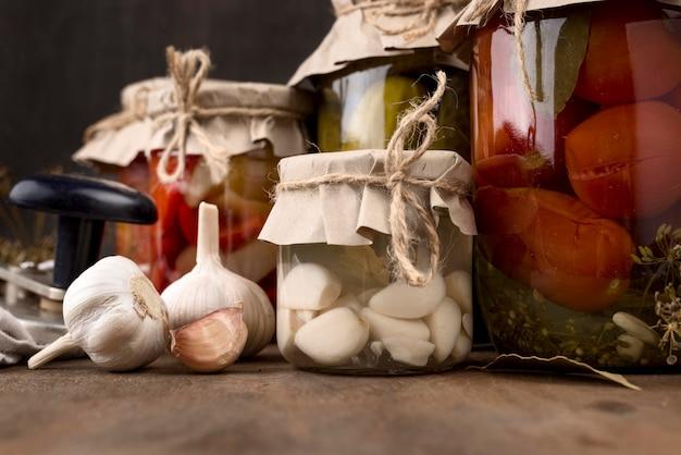 Accordo con aglio conservato