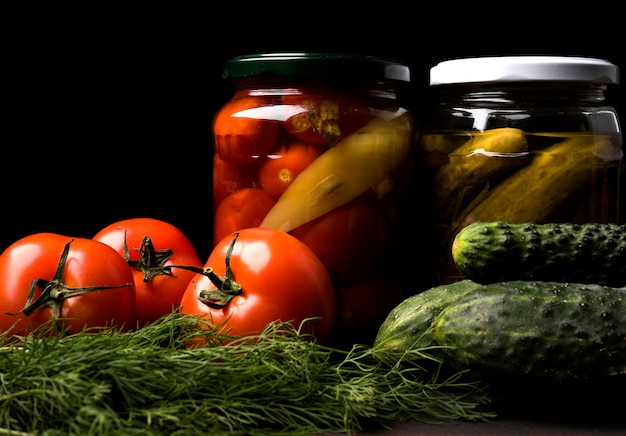 Accordo con verdure conservate