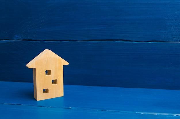 Acquisto e vendita di beni immobili, costruzione. appartamenti e appartamenti