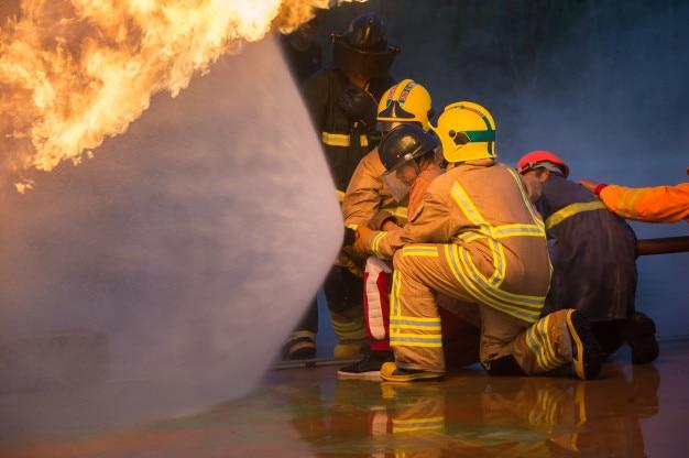 Addestramento dei vigili del fuoco