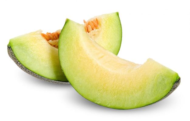 Affetti il melone isolato sul percorso di ritaglio bianco
