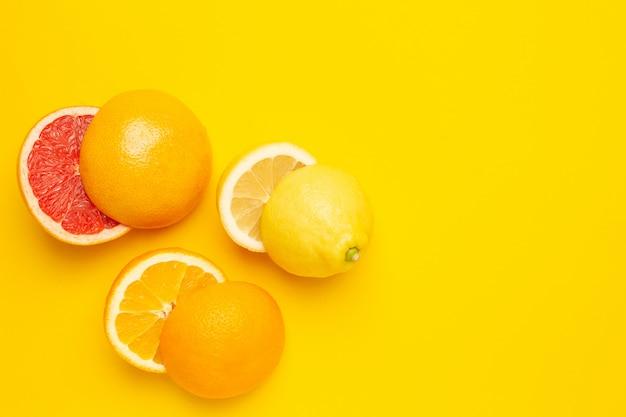 Agrumi tropicali da taglio, arancia, pompelmo, limone e lime