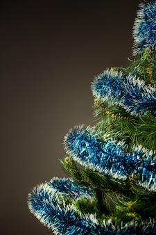 Albero di capodanno festivo