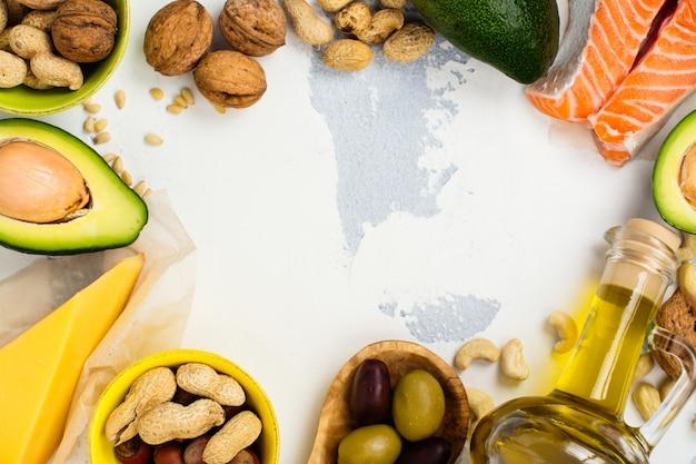 Alimenti grassi insaturi