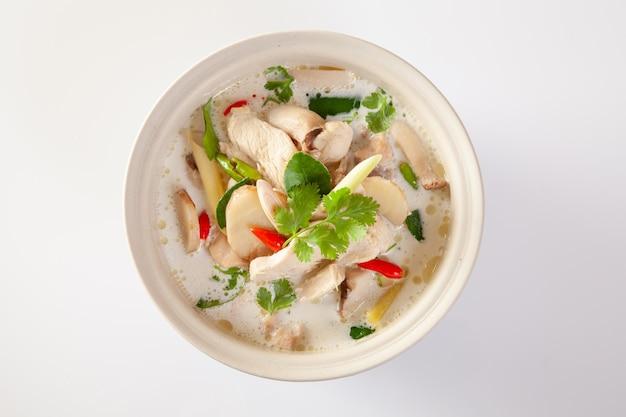 Alimento tailandese di chicken coconut soup (tom kha kai)