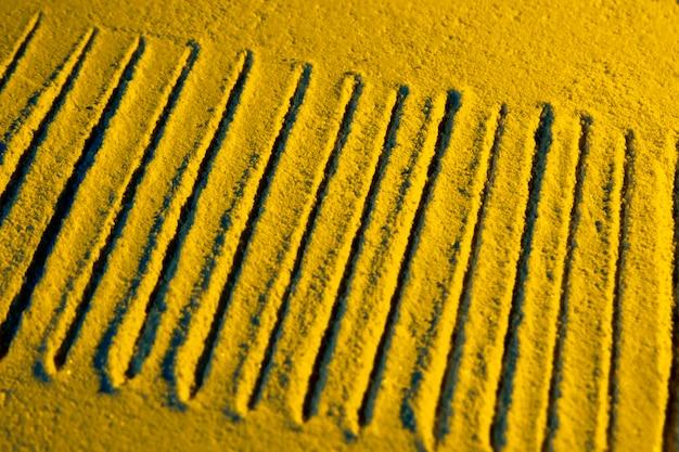 Alta vista di linee di sabbia parallele