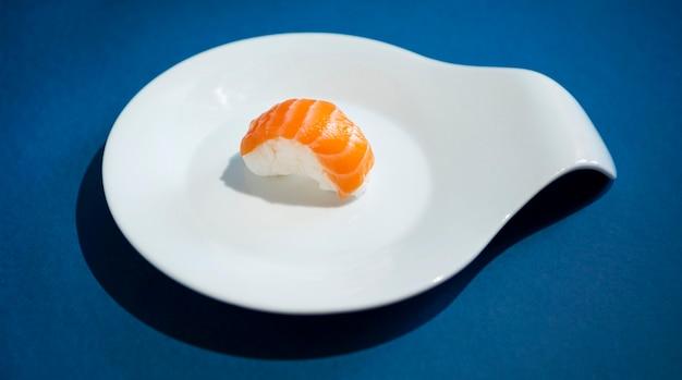 Alto angolo di delizioso concetto di sushi