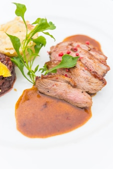 Anatra alla bistecca