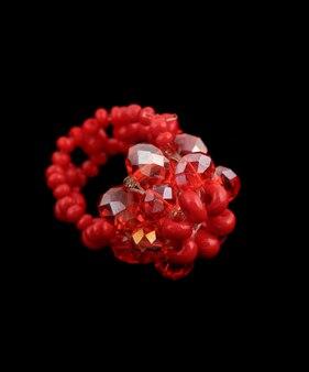 Anello di cristallo rosso