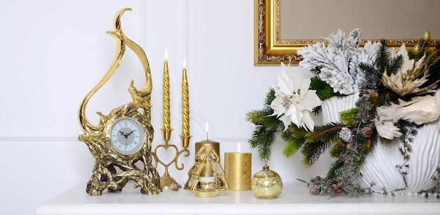 Anno nuovo e composizione natalizia.
